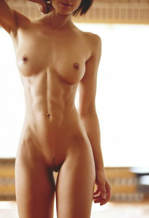 Photos nude women with flat bellies