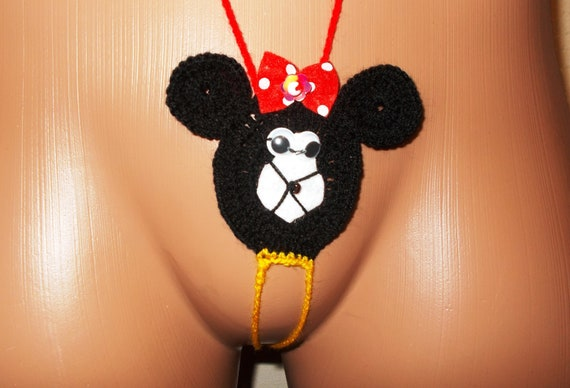 Minnie mouse underware nude cell pics